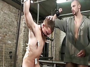 BDSM Slave gay boy bound fucked 2 schwule jungs